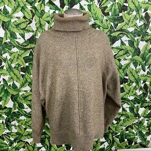 H&M Oversized Turtleneck Sweater 698